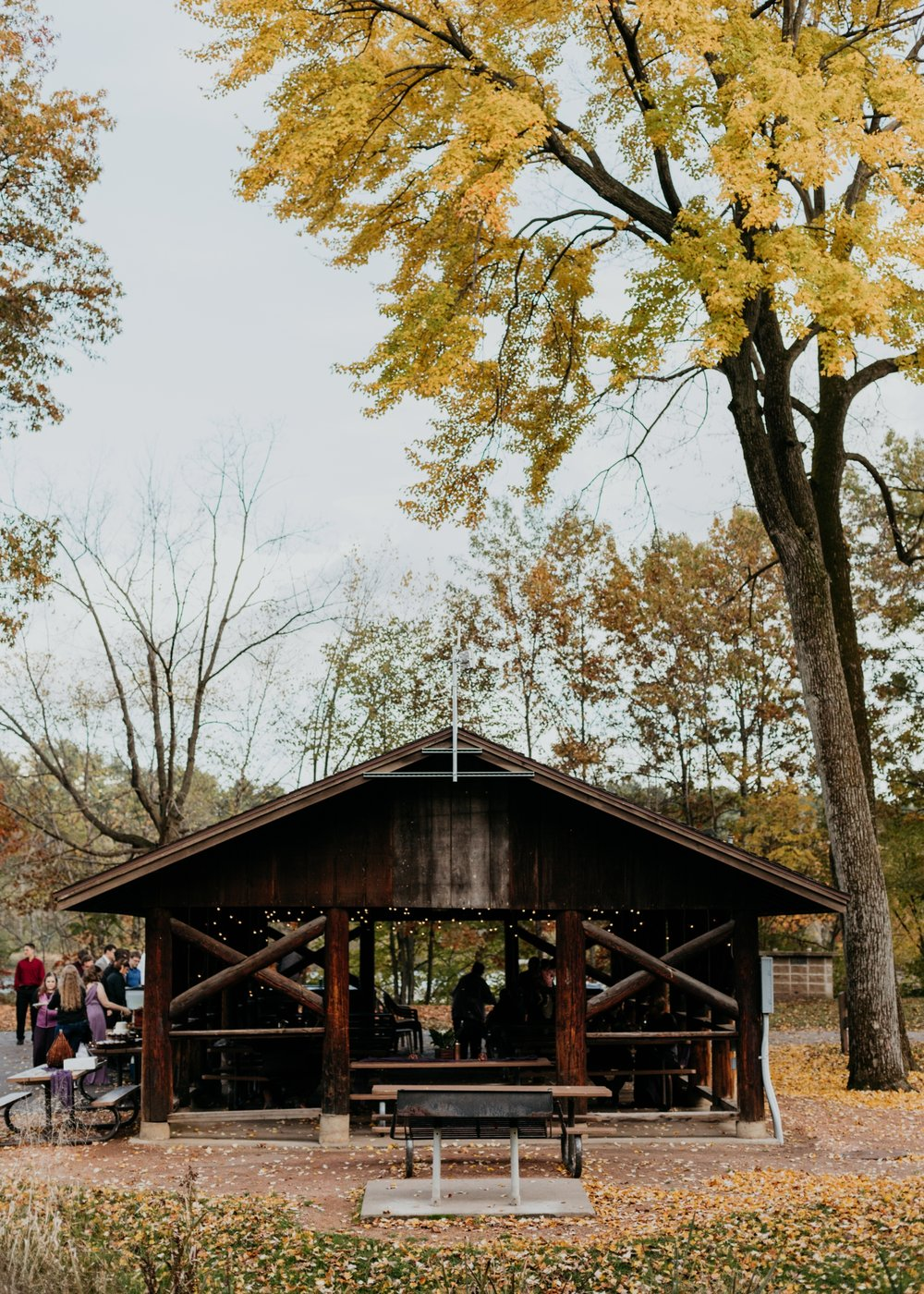 2017-10-20_0001-relaxed-outdoor-wisconsin-wedding.jpg
