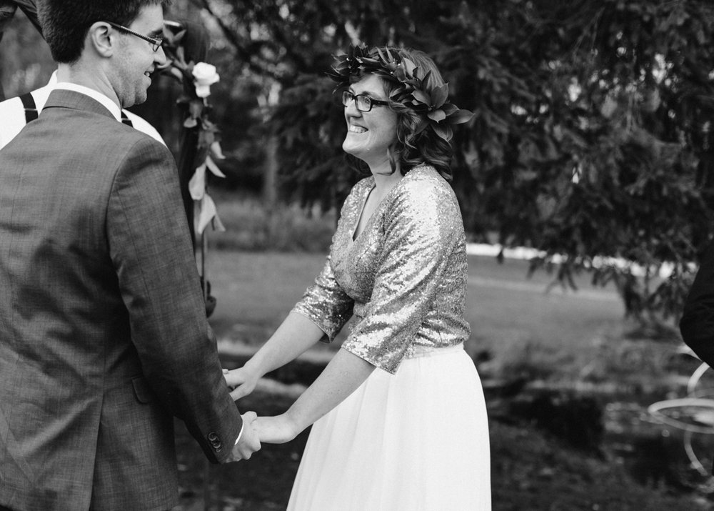 2017-10-20_0014-relaxed-outdoor-wisconsin-wedding.jpg