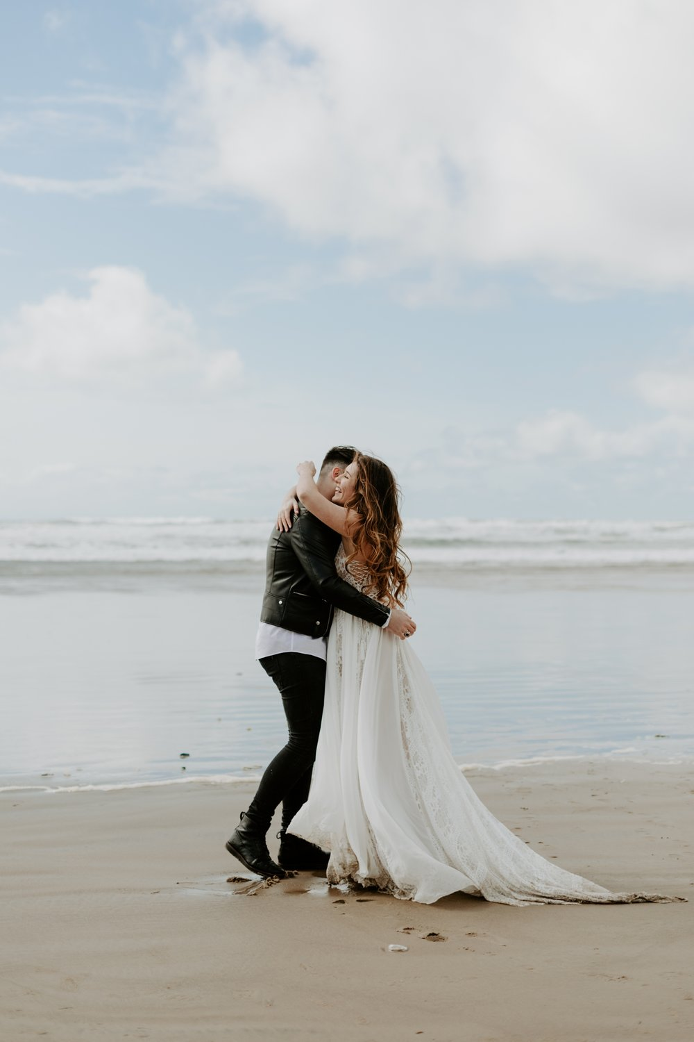 adventurous-cannon-beach-elopement-2018-04-26_0034.jpg