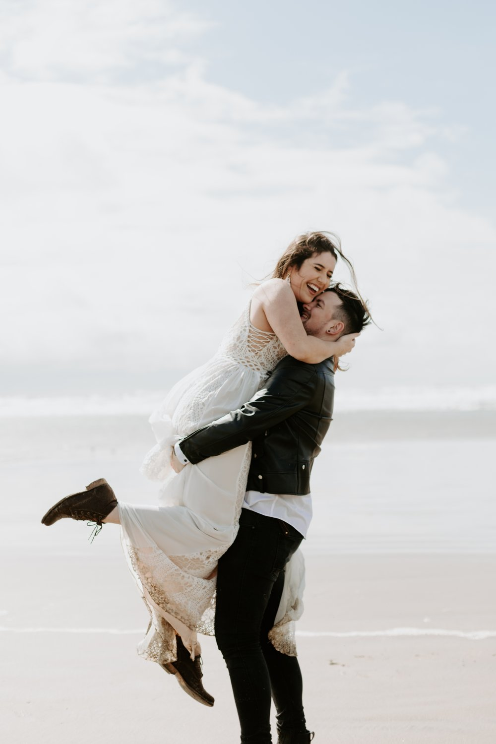 adventurous-cannon-beach-elopement-2018-04-26_0037.jpg