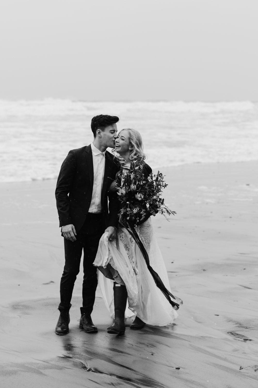 adventurous-oregon-elopement-2018-05-02_0002.jpg