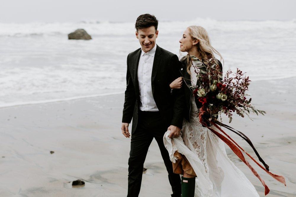 adventurous-oregon-elopement-2018-05-02_0003.jpg