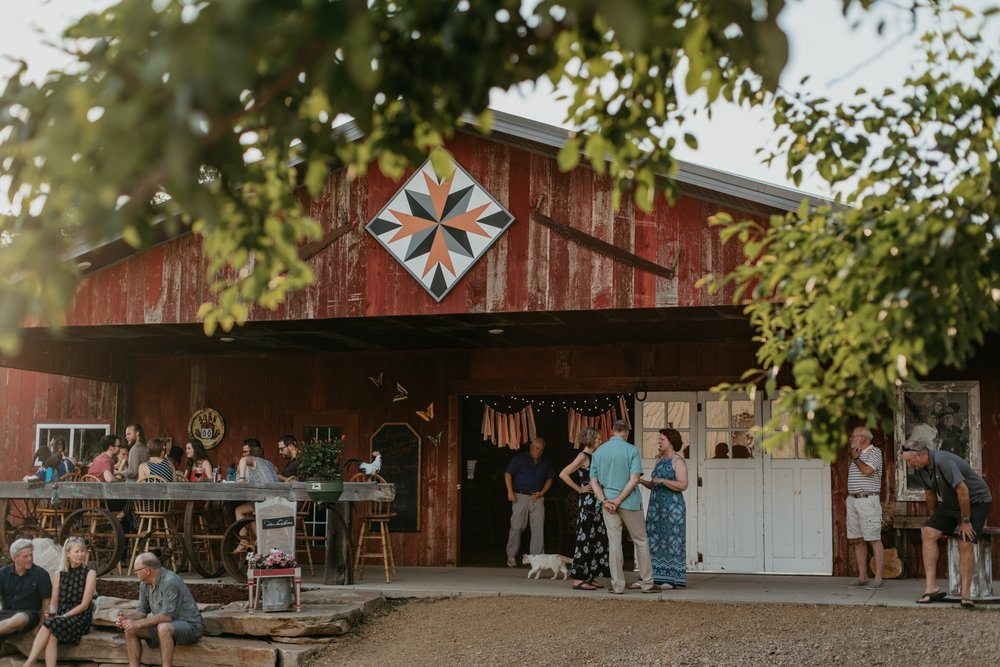 wisconsin-barn-wedding-2018-06-25_0060.jpg