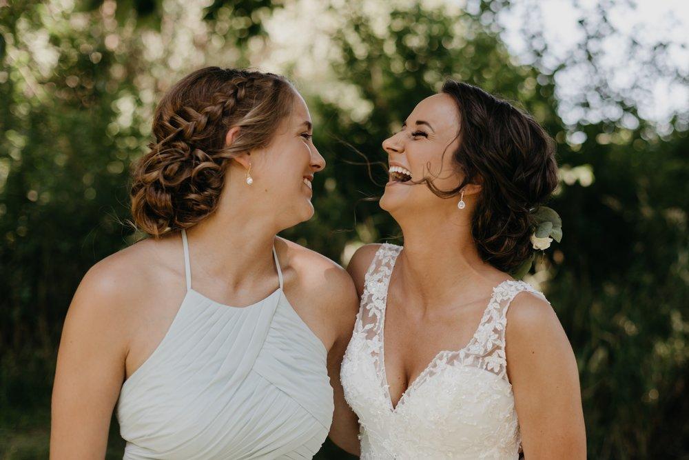 2019-01-21-natural-outdoor-wisconsin-wedding-photographer_0007.jpg