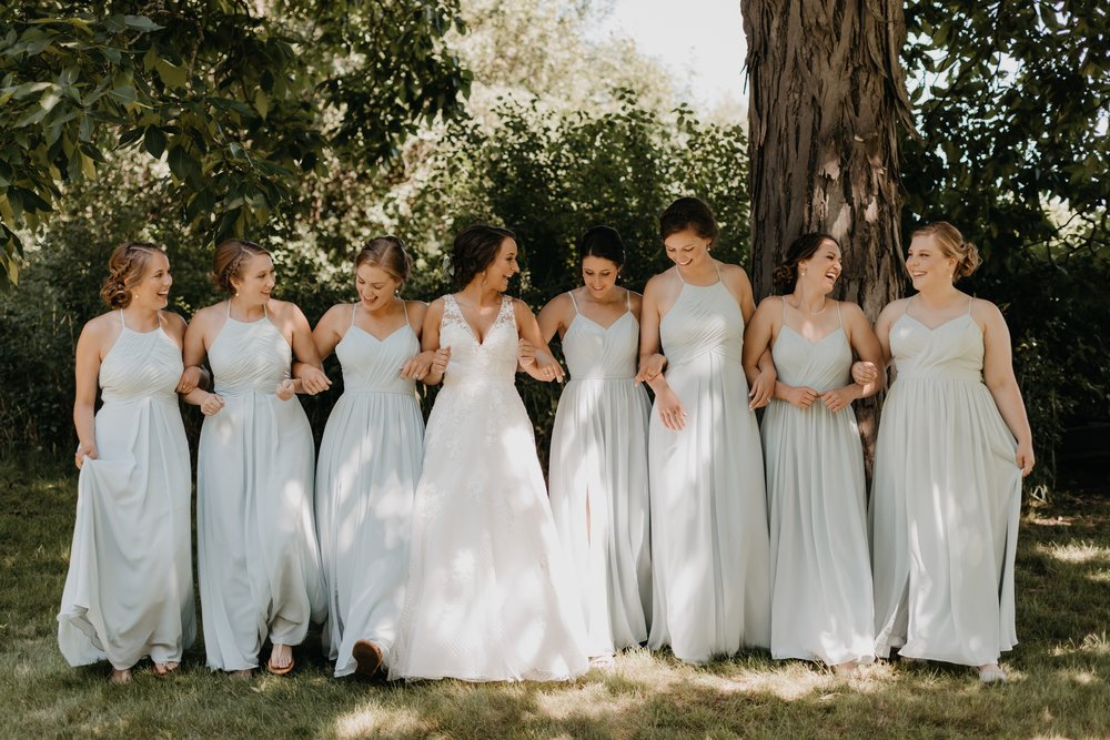 2019-01-21-natural-outdoor-wisconsin-wedding-photographer_0008.jpg
