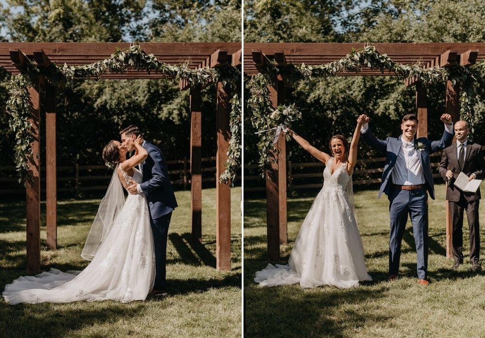 2019-01-21-natural-outdoor-wisconsin-wedding-photographer_0028.jpg