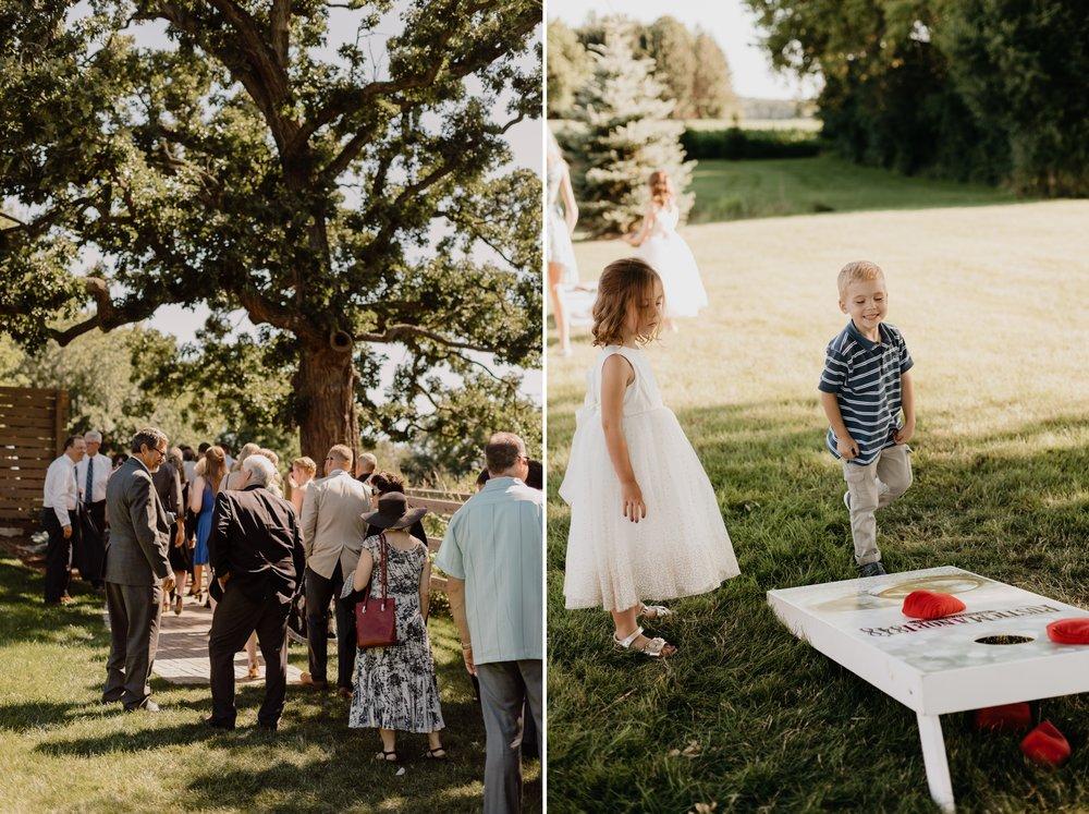 2019-01-21-natural-outdoor-wisconsin-wedding-photographer_0032.jpg