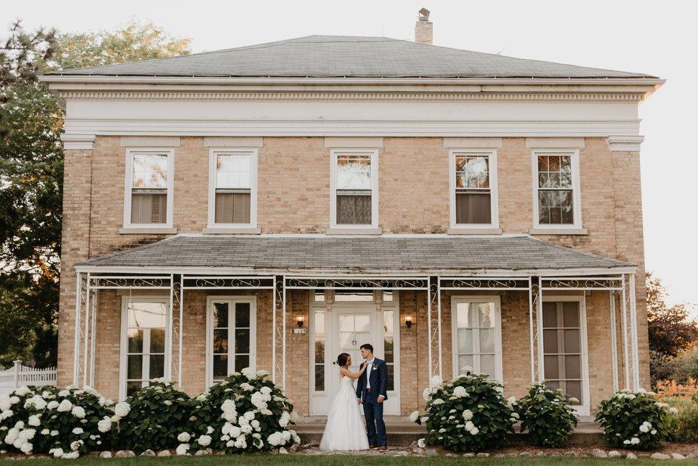 2019-01-21-natural-outdoor-wisconsin-wedding-photographer_0063.jpg