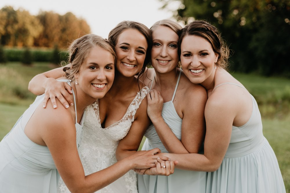 2019-01-21-natural-outdoor-wisconsin-wedding-photographer_0070.jpg