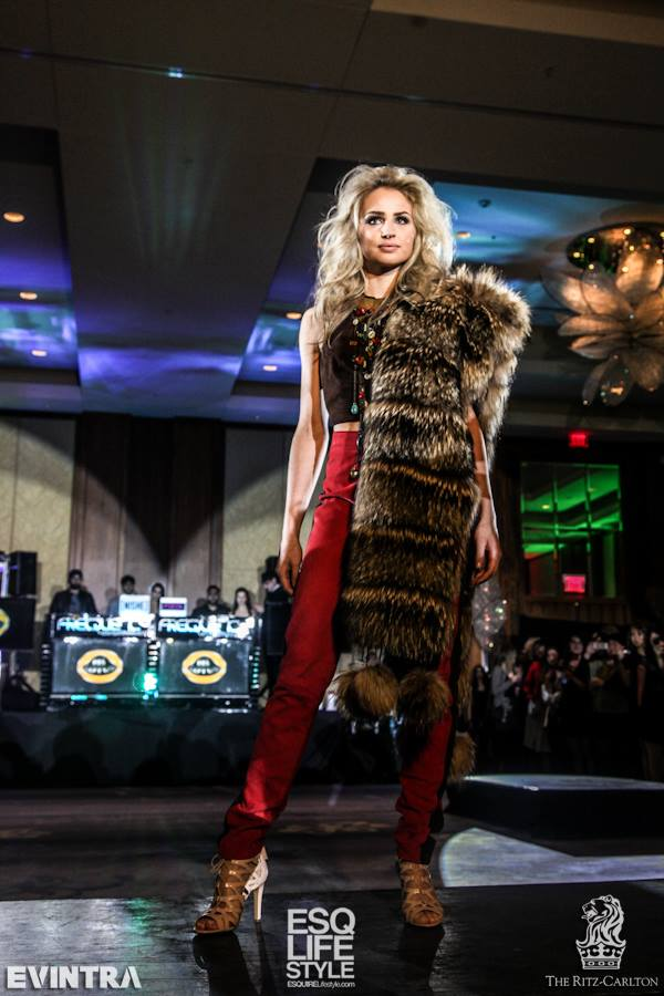 Fashion night - red pants-fur stole.jpg