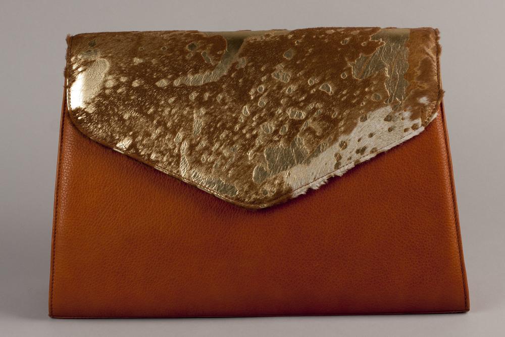 Jackson Oversize Clutch - Gold/Cognac