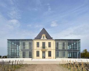 Château Pédesclaux building