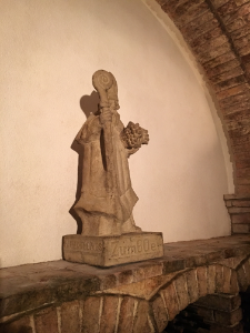 Auer winery statue in cellar saint lawrence