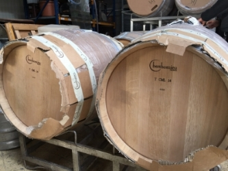 new oak barrels ready for use