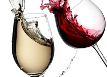 wine glasses splashed wine