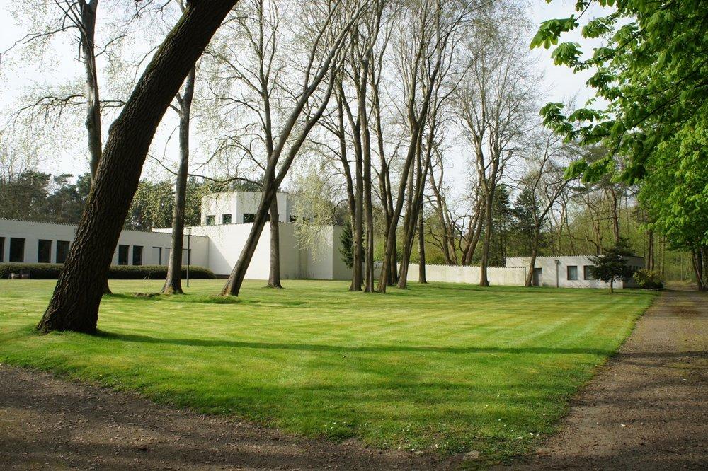 Dom-Hans-van-der-Laan-Roosenberg-buitenzicht