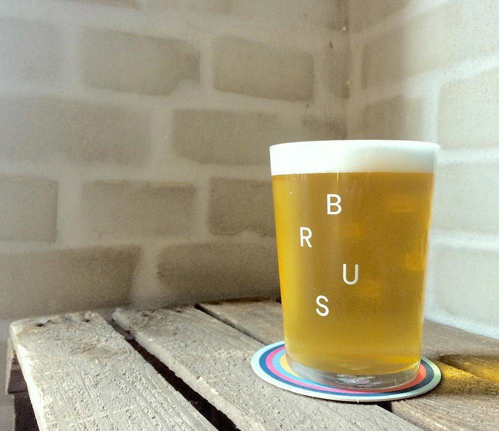 公式インスタグラム @bruscph より。珍しいクラフトビールがたくさん!