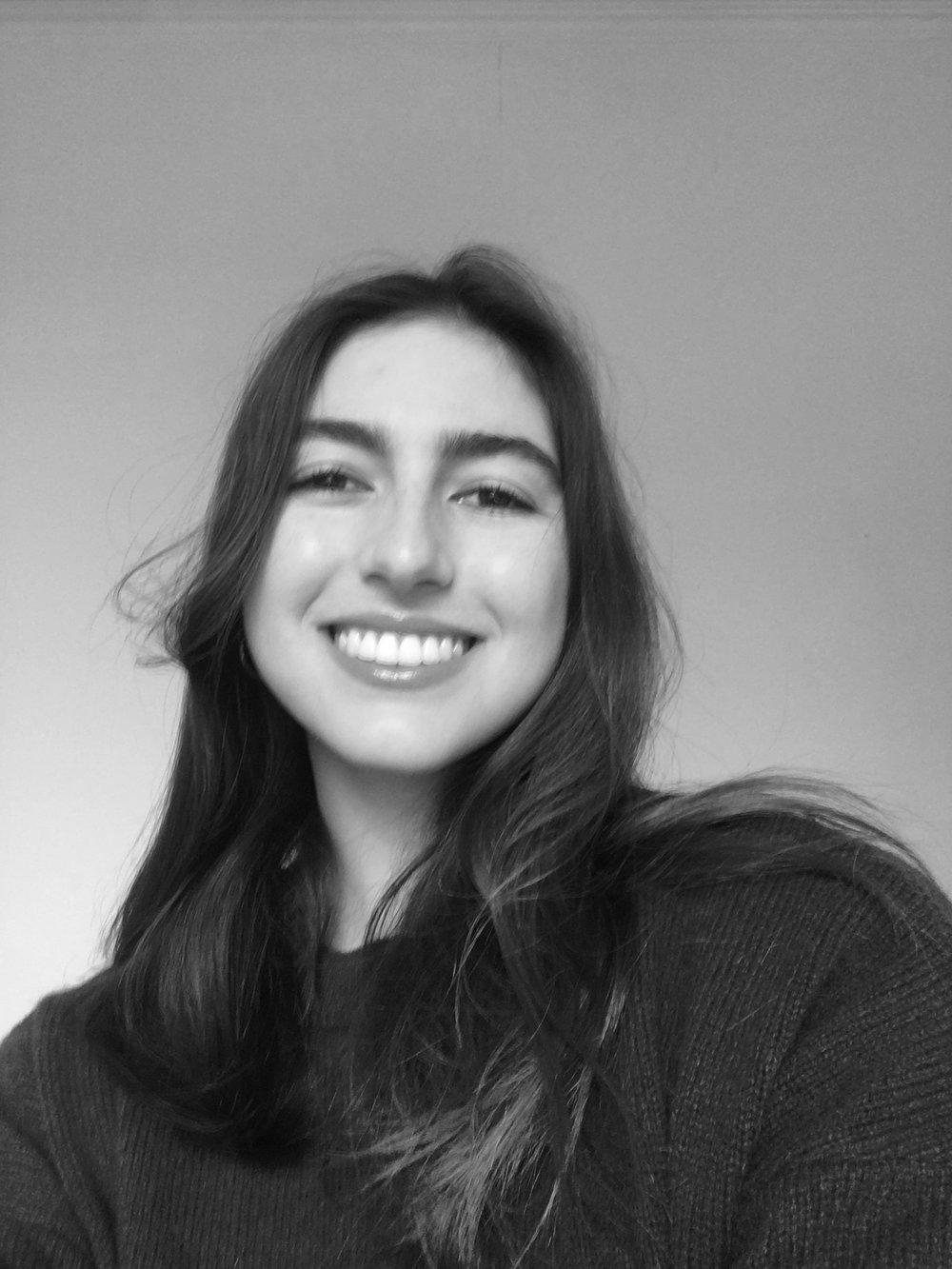 Kelli Staake    Deputy Art Editor