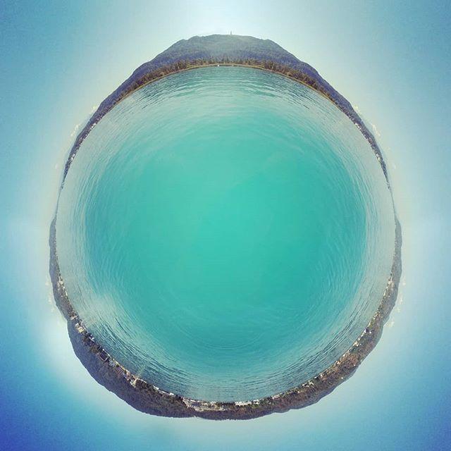 Chillen am See #wörthersee #Österreich #austria #lake #clearwater #kärnten #summer #summertime #azurblau #360 #360photo #360photography #360sphere #sphere #mi #misphere #planet #lifein360 #littleplanet #tinyplanet #360insta #insta360 #holliday #bluewater #pearl #bluepearl #beautiful #travel
