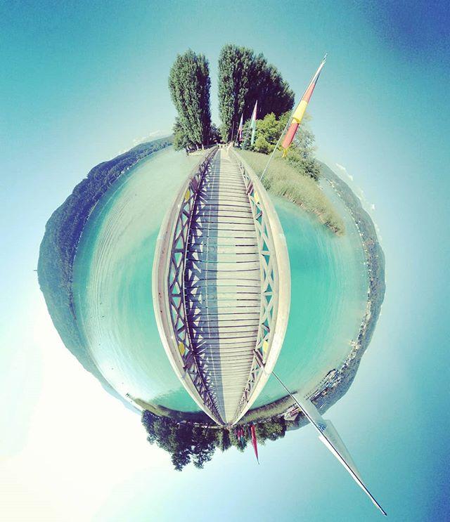 Under the bridge #wörthersee #Österreich #austria #lake #kärnten #summer #summertime  #360 #360photo #360photography #360sphere #sphere #mi #misphere #planet #lifein360 #littleplanet #tinyplanet #360insta #insta360 #holliday #bluewater #pearl #bluepearl #beautiful #travel #island #lonleyisland #lonley #nofilter
