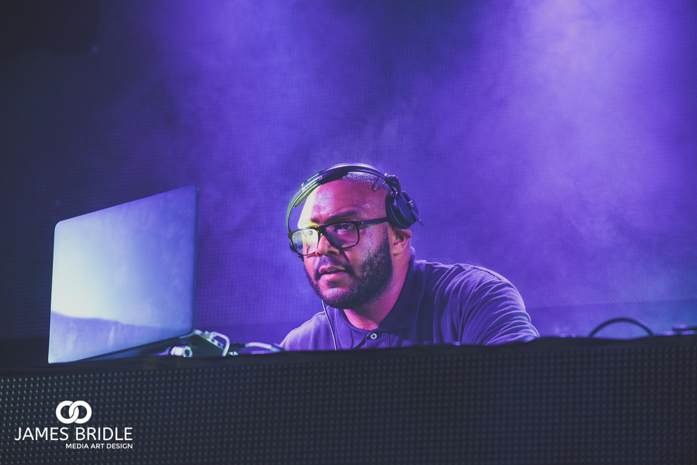 MistaJam playing main stage at SoundClash Festival 2016