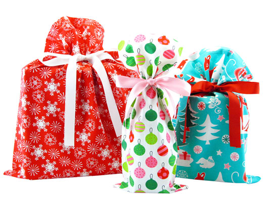 VZWraps-Holiday-Gift-Bags-web.jpg