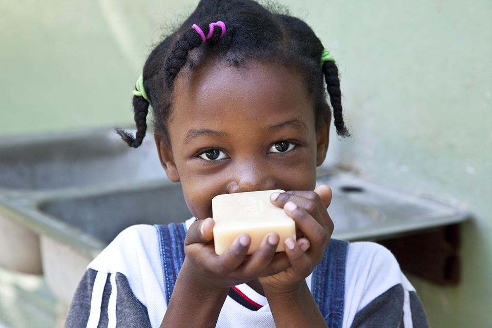 HandinHand-Haiti-Malia.jpg