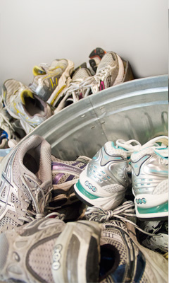 Recycling Challenge Sneakers Grid Magazine