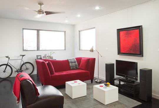 livingroomslider.jpg