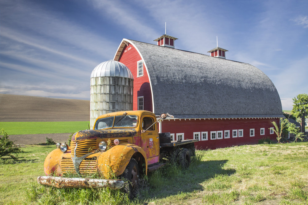 Palouse Barn and Truck, ©Gary Cole, Photography
