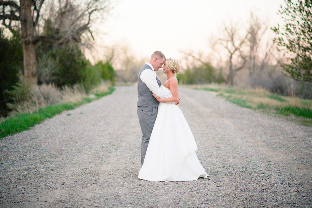Montana Fairy tale Wedding - Carrie Ann Photography