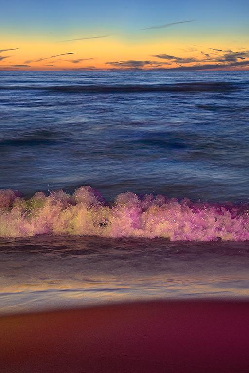 36 16_Waves02_033drc_s3.jpg