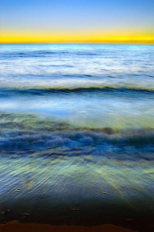 44 39_Waves_i11sc6_s2.jpg