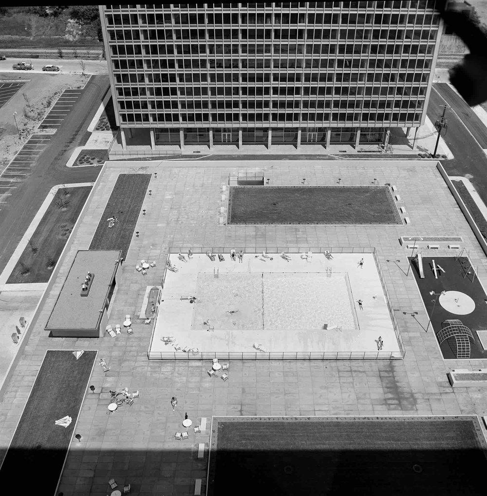 Ludwig Mies van der Rohe, Lafayette Park (Detroit, MI) 1956