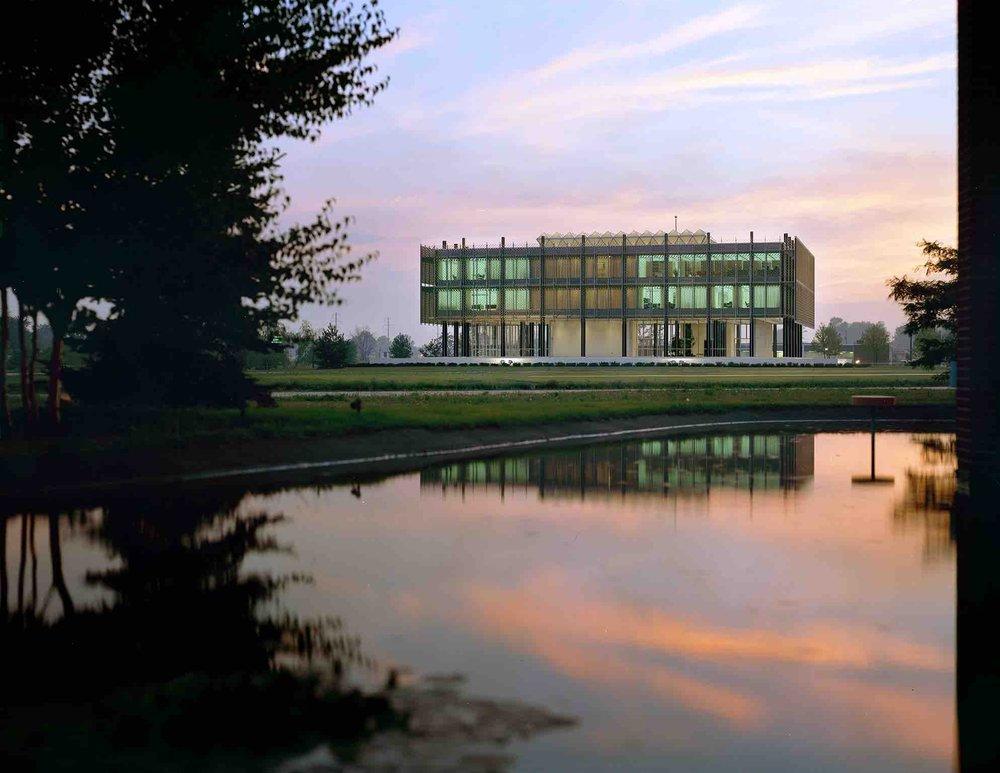 Minoru Yamasaki, Reynolds Metals Regional Sales Office (Southfield, MI) 1959