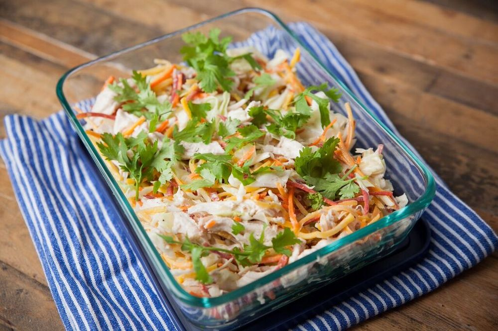 DARLING MAG: Shredded Chicken Slaw
