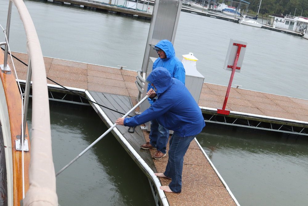 In Paris Landing State Park Marina (Buchanan, TN) on a cold rainy morning, we lost our shore power cable splitter in the water due to a collection of errors on our part, a very expensive loss. And who appeared but our guardian angel, Ray, offering an extra long boat hook and other useful resources which allowed us to recover our loss. Remember Houlegan from the Big Chute Railway in Canada? Turns out they're our guardian angels …