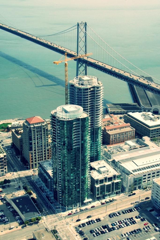 300-Spear-St-San-Francisco-Infinity-Tower.jpg