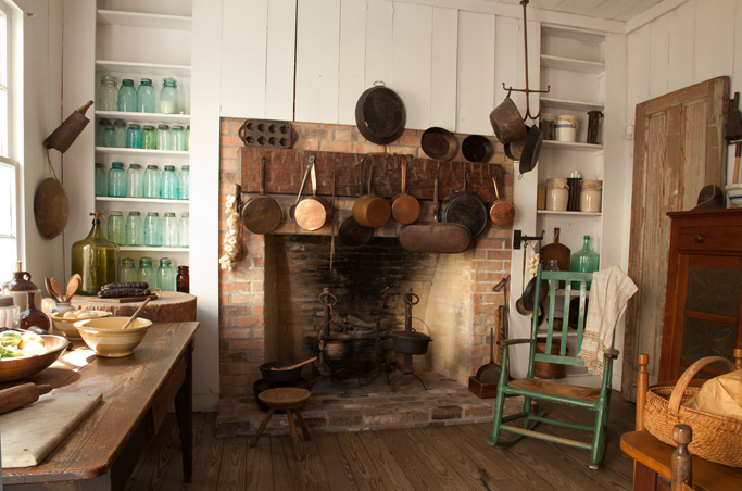 Nichols-Rice-Cherry House kitchen