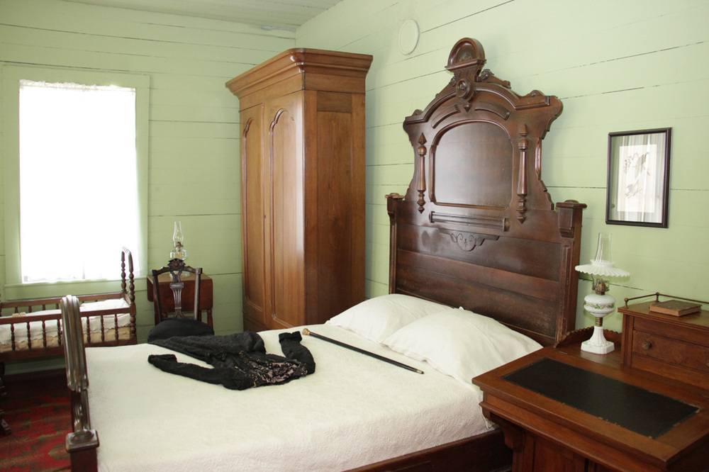 Yates bedroom
