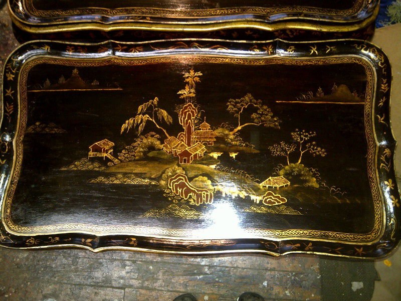 chinoiserie_repro_traytable_gallery1.jpg