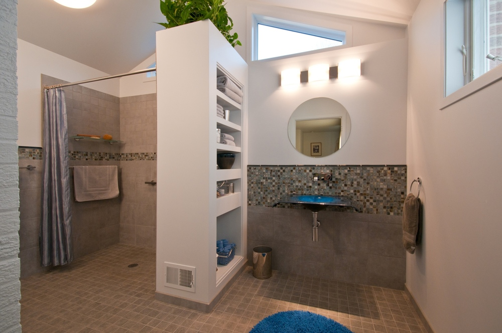 Bathrooms_07.jpg