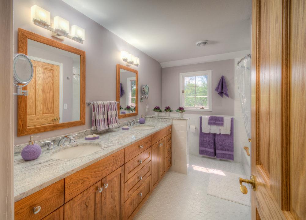 Bathroom & Study Remodel: Waldenwood