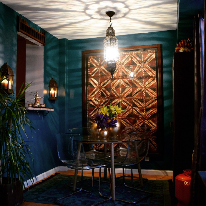 Dining Area by Helen Hamblin Designs:  A big and bold piece of art adds drama to any room.