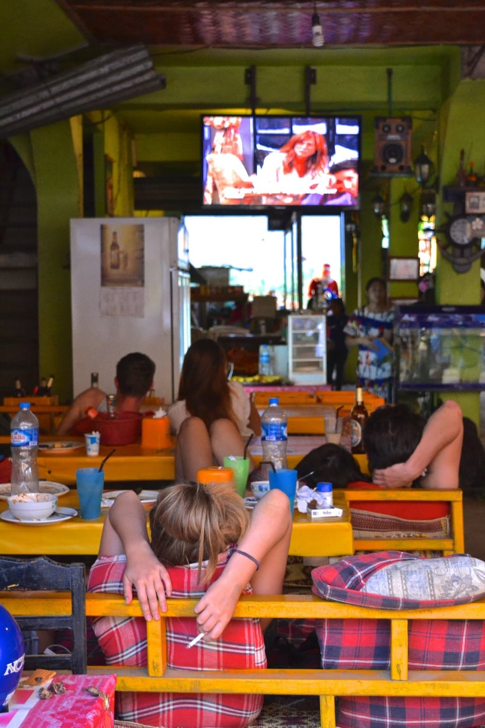 A 'Friends bar' full of hungover backpackers