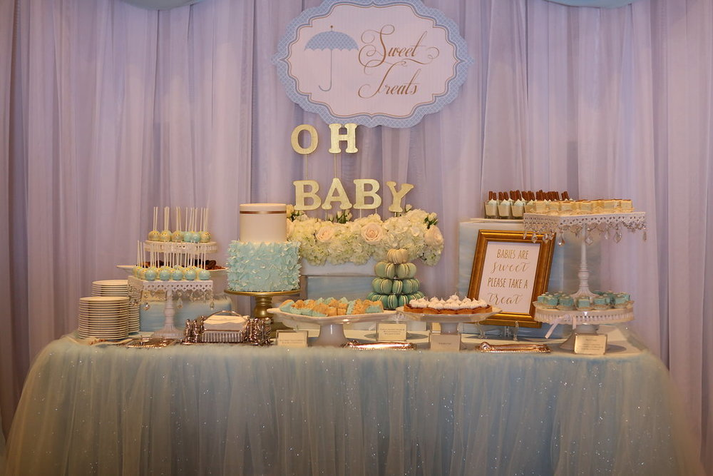 I was in blue sparkly tulle heaven! I just loved how this sweet table turned out!