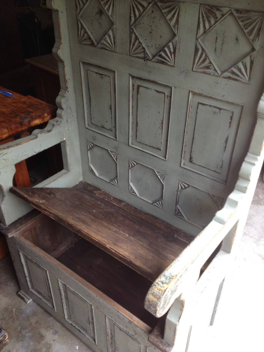 Vintage English Mudroom Storage Bench