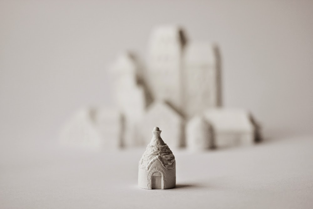 Laurie Poast. Italian Trullo, 2011. Porcelain.