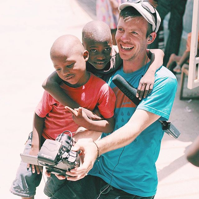Selfie time ✌🏼️ #letmetakeaselfie.  Picture story:  we were at Madame Jeanette's visiting the kids.  She has an incredible story and has 73 kids there that are fed by feedone.  Nathan made a couple friends and they took a couple selfies | #thewaitinglistfilm #haiti #feedone #haitimissions #haitiorphanage #ighaiti #justgoshoot #keepexploring #makeadventure #vsco #vscocam #chialpha #filmmaking #feedone |