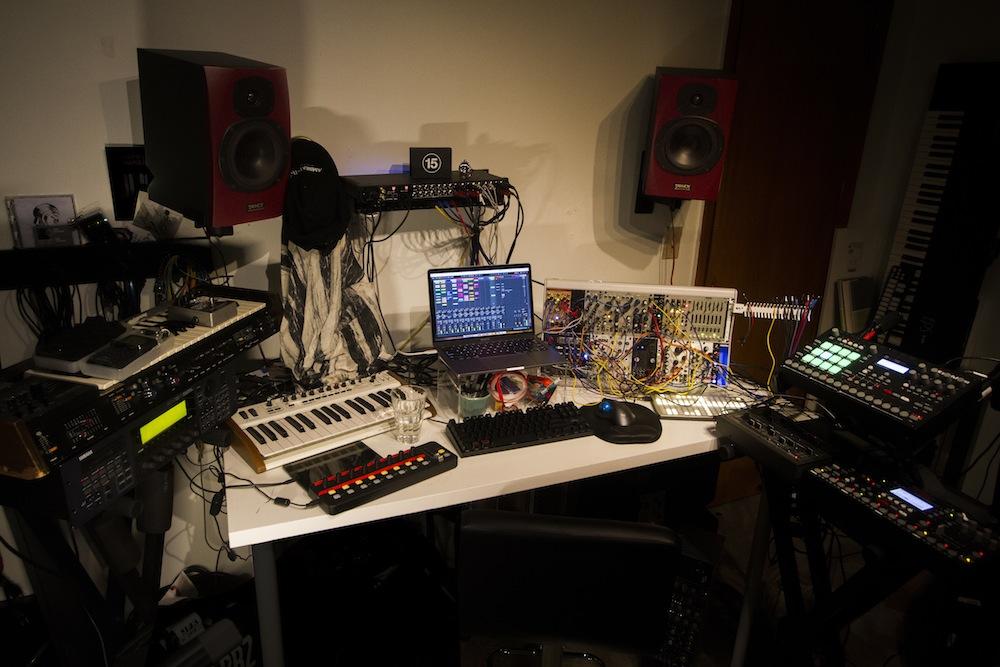 Echiverri_studio6.jpg